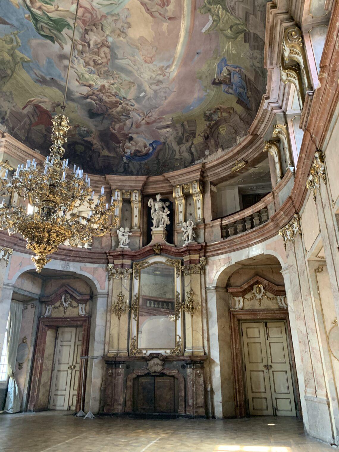 Prahas asuv Colloredo-Masfeldi palee